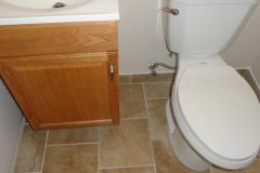 bath_new_toilet_vanity_op_800x600